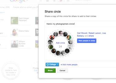 En Google acaban de anunciar que ya es posible compartir círculos entre usuarios, permitiendo que el esfuerzo dedicado en agrupar usuarios expertos sobre un mismo tema, por ejemplo, pueda aprovecharse por más personas, simulando el sistema de listas de Twitter. La noticia la divulga Owen Prater es su cuenta de Google +, donde ha divulgado el vídeo que podéis ver aquí con las instrucciones necesarias para compartir dicho grupo. Solo tenemos que pulsar sobre el círculo que deseemos y seleccionar la opción Compartir (Share) para que sea publicado en nuestra linea de tiempo. Lo que se hace es compartir los