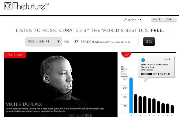 Thefuture.fm, para los que no la conozcáis, es una plataforma de radio en Internet que reproduce mezclas de populares DJ's a nivel mundial (actualmente podemos encontrar pistas de más de 8.000 músicos) en la que los usuarios registrados pueden buscar, descubrir y adquirir pistas a su gusto. La plataforma anuncia ahora que ya ha sobrepasado el millón de pistas disponibles, y también nos revela que ha unido a su equipo a tres veteranos de la industria que ya han trabajado con el equipo de YouTube, GetGlus y Universal Music Group con la intención clara de llevar a cabo su objetivo