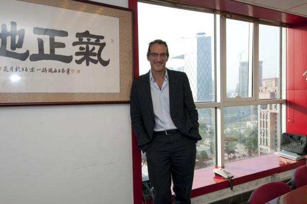 Dan Serfaty en oficinas Tianji
