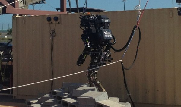 atlas robot boston dynamics
