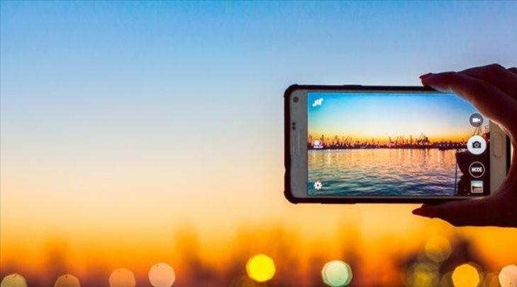 4 gadgets para hacer mejores fotos desde móvil