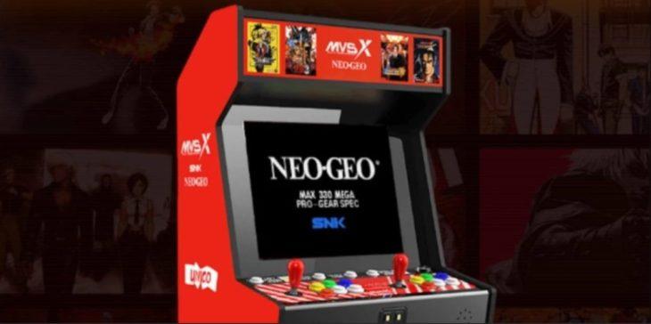Revive tu infancia gamer con este espectacular arcade a escala real de Neo Geo