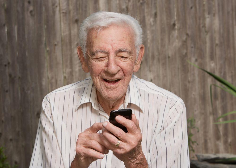 Tres formas de impresionar a tu suegro con un smartphone