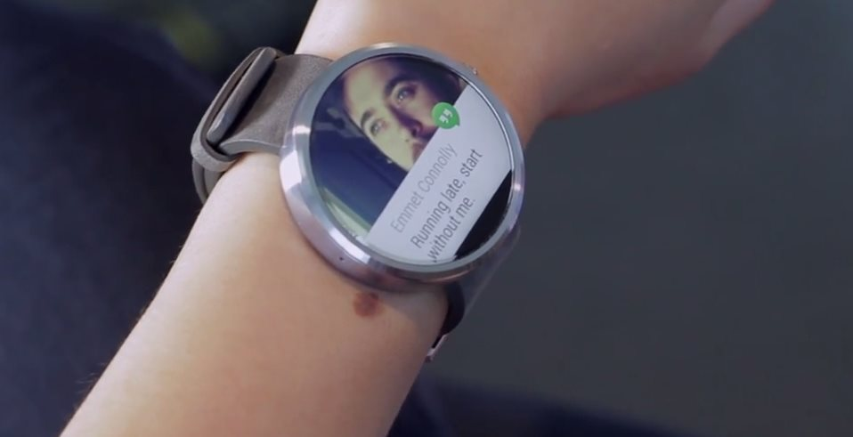 Vídeo del moto 360 y APK de Android Wear
