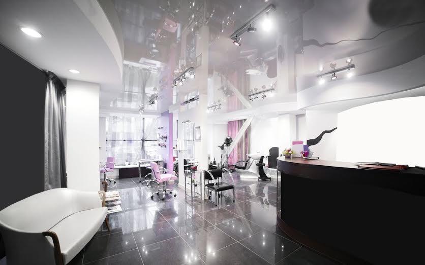 7 sencillas ideas para convertir una peluquer a de barrio en una moderna peluquer a 3 0 - Ideas para decorar una peluqueria ...