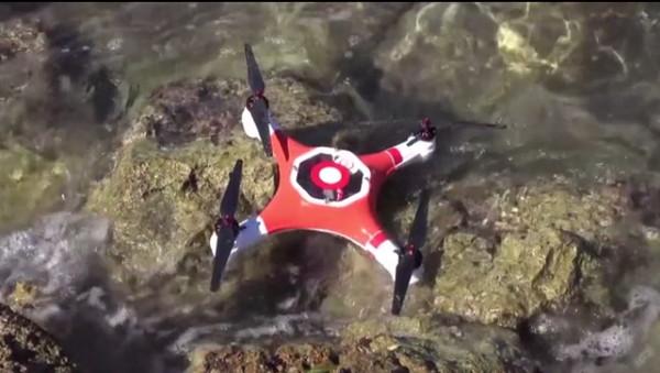 Splash Drone, un dron a prueba de agua útil para emergencias y deportes acuáticos