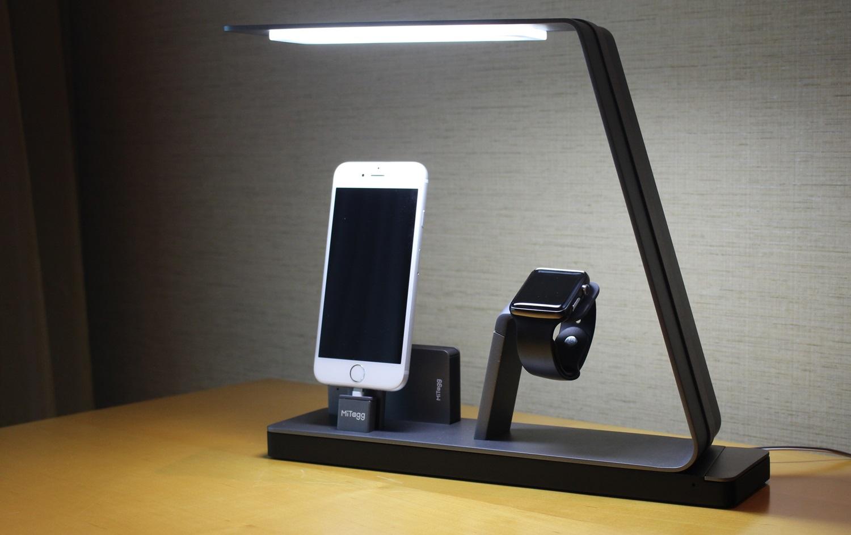 NuDock, un elegante dock que recarga un iPhone, un Apple Watch y una batería portátil