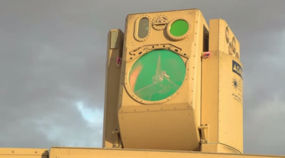 Boeing crea arma para derribar drones a 40 km de distancia