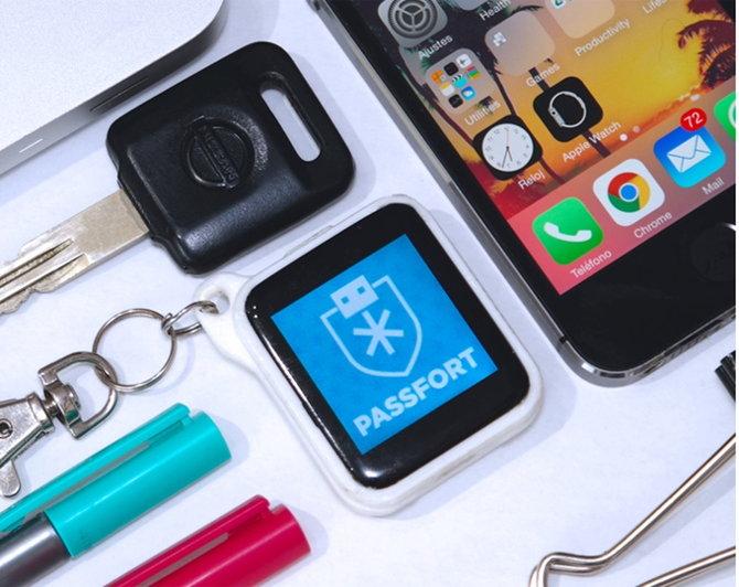 Passfort, un llavero para gestionar e ingresar contraseñas de forma segura en otros dispositivos