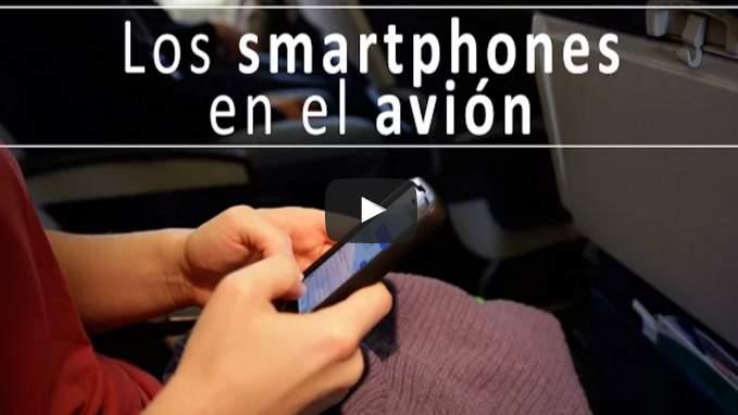 Lo que pasa con móviles encendidos en un avión