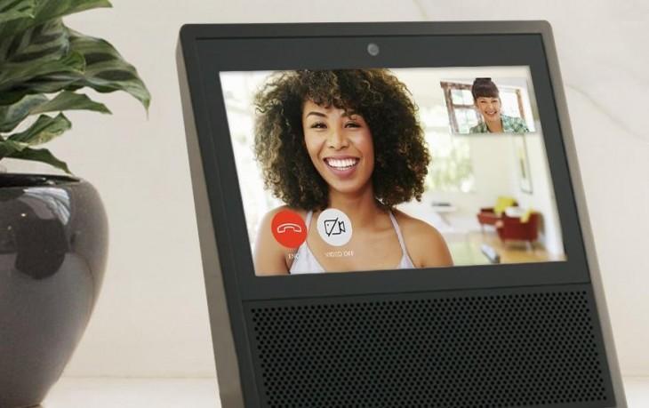Amazon Echo Show, semejante a lo que Facebook prepara.