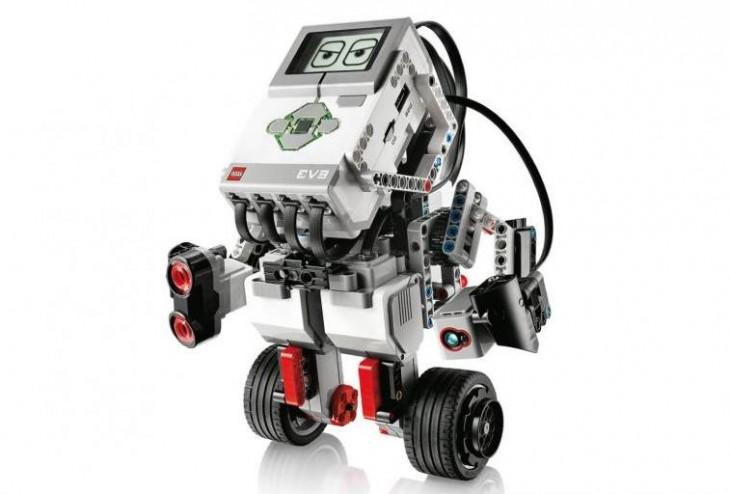 Microsoft se asocia con LEGO Education ROBOTIX para que los colegios españoles trabajen con programación, robótica y habilidades STEM