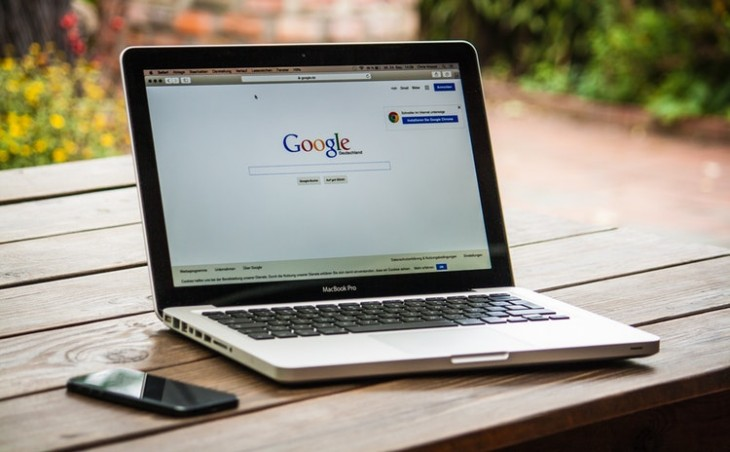 Google admite estar considerando lanzar buscador en China
