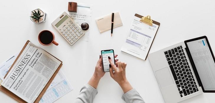 Aplicaciones para adelantar trabajos desde el móvil