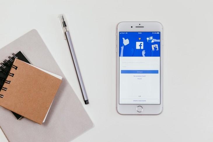Apple prohíbe la controvertida aplicación de Facebook en iOS