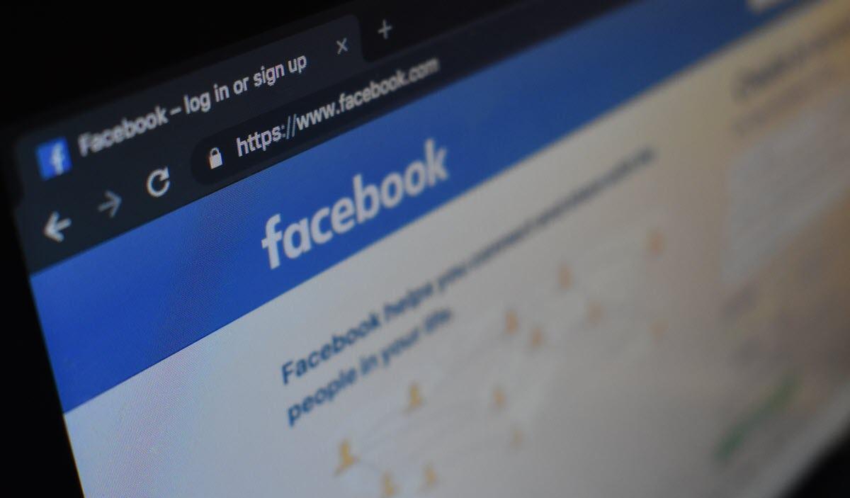 Facebook está marcando enlaces y publicaciones como spam por error