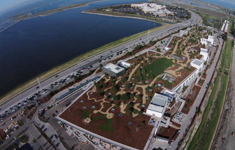 Imagen aérea de las oficinas de Facebook en Menlo Park