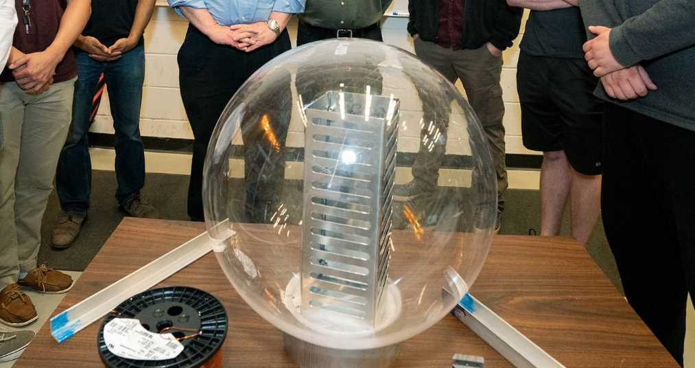 Presentan al mundo los primeros satélites impulsados por plasma