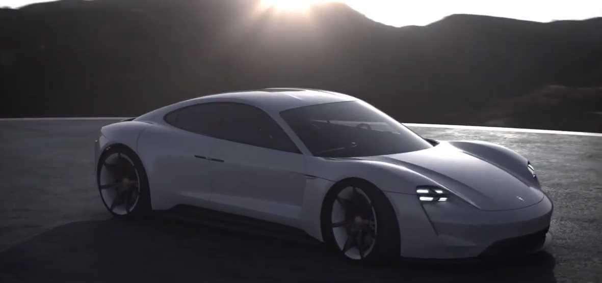 Sobre la red de recarga para Taycan, el coche eléctrico de Porsche con autonomía de 500 km