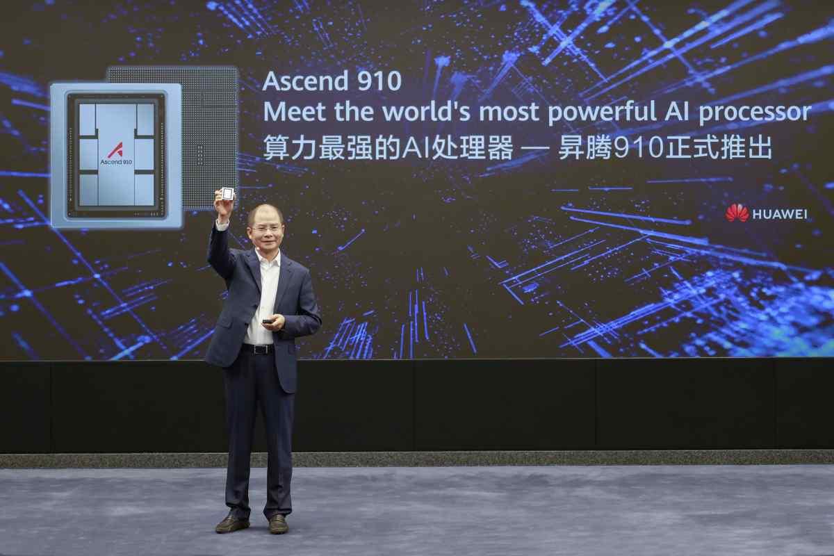 Así es el Ascend 910 de Huawei, el procesador de Inteligencia Artificial más potente del mundo