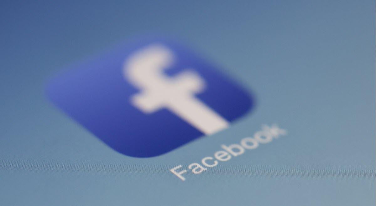 Facebook añadirá su nombre a Instagram y WhatsApp