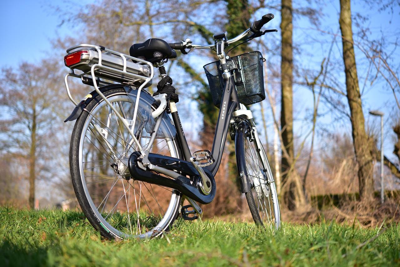 Hacen más ejercicio quienes usan bicicletas eléctricas que quienes usan bicicletas clásicas