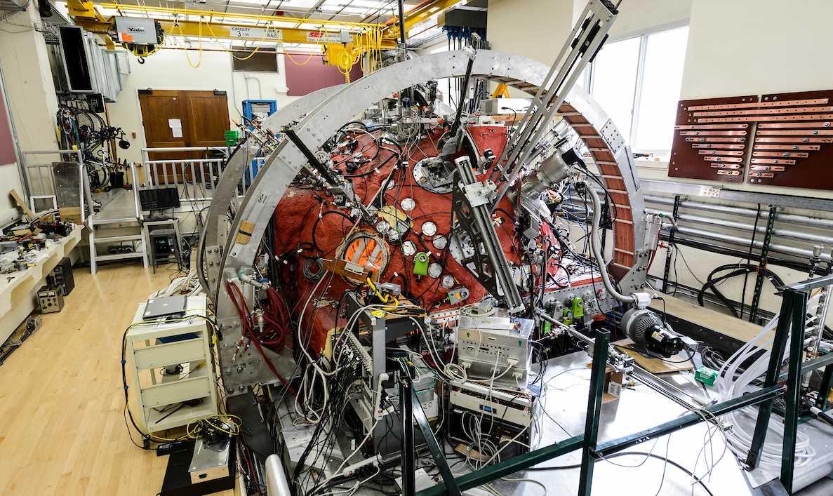 Científicos crean réplica del Sol en un laboratorio