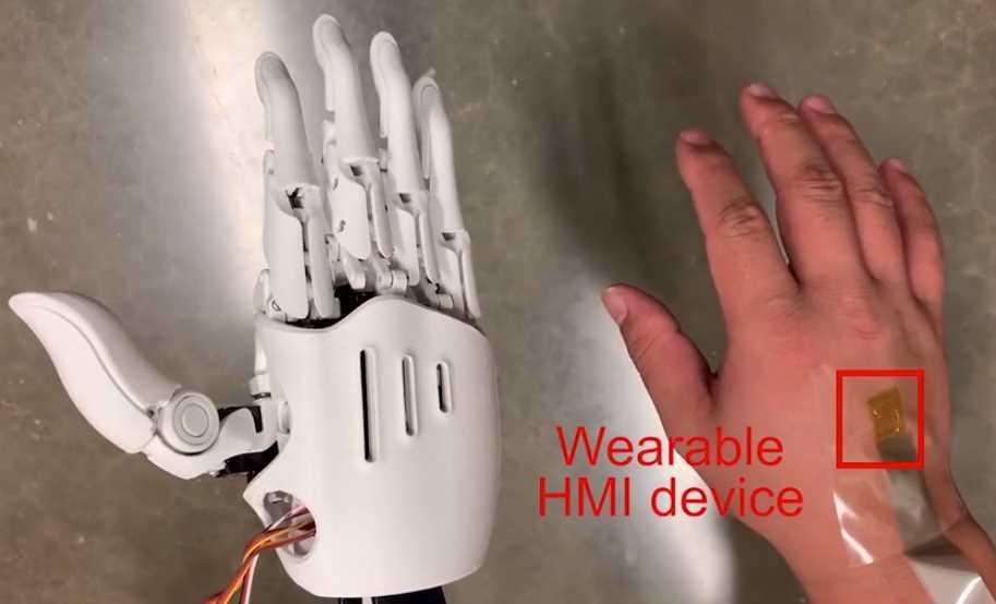 Un dispositivo ultrafino para controlar robots
