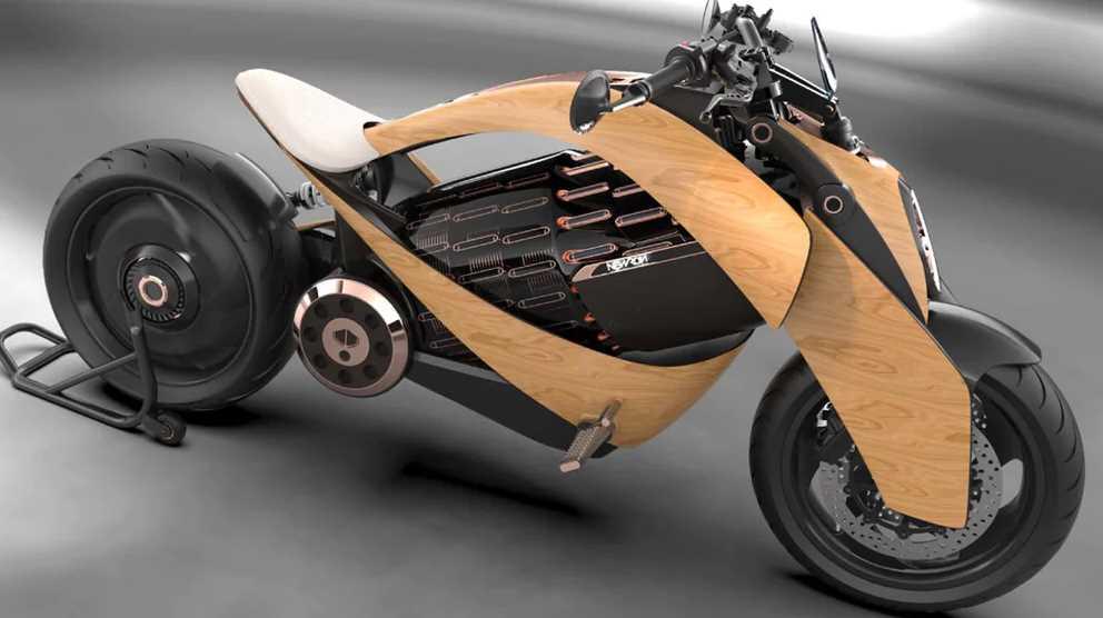 Una moto eléctrica con carrocería de madera