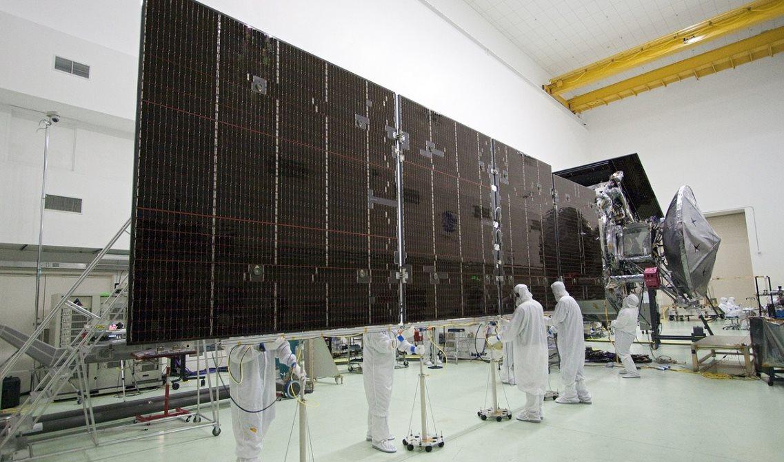 Nuevos paneles solares que funcionan con la luz interior