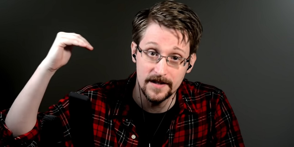 Cómo se usan los móviles para espiar según Edward Snowden