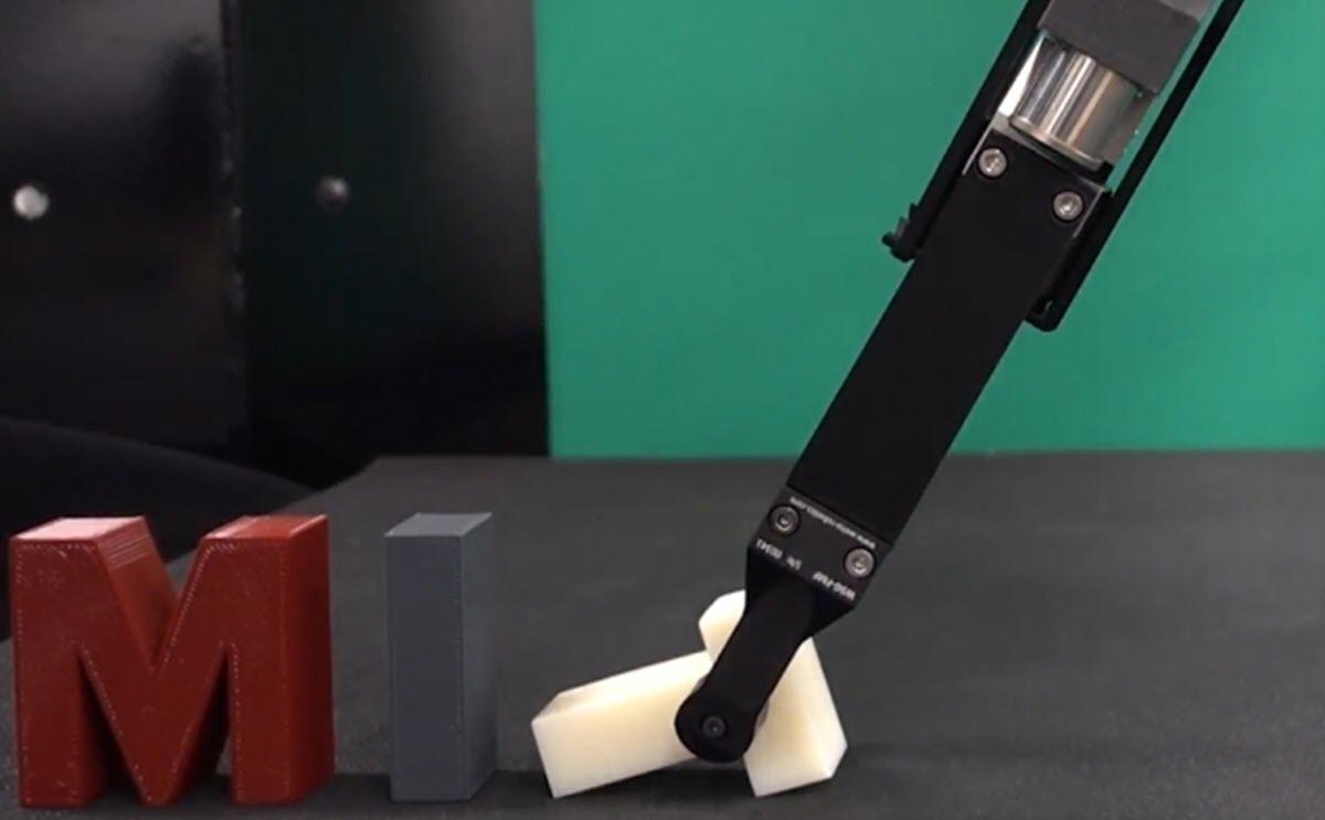 Un algoritmo del MIT consigue que los robots manipulen objetos mucho más rápido