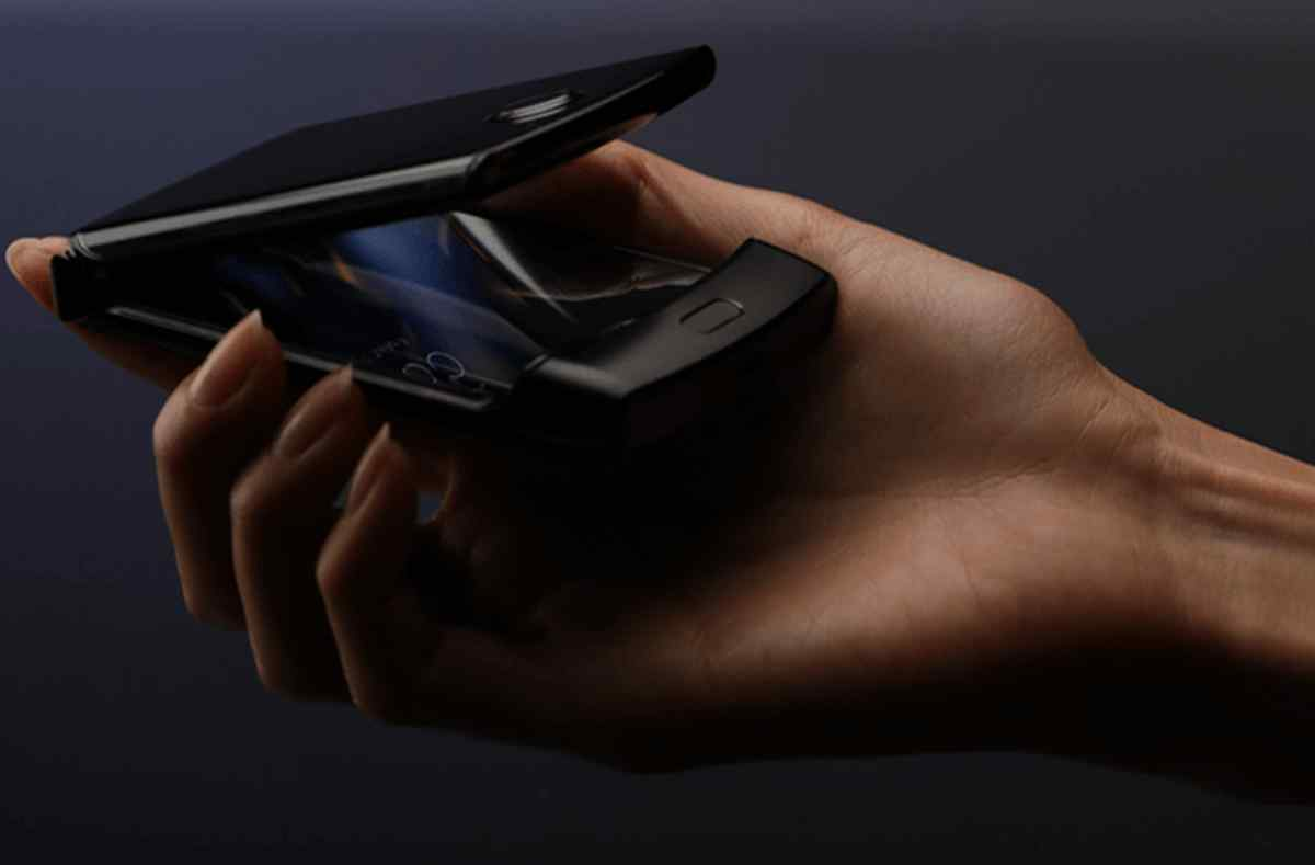 Se filtran imágenes del que será el nuevo y esperado teléfono plegable Moto Razr de Motorola