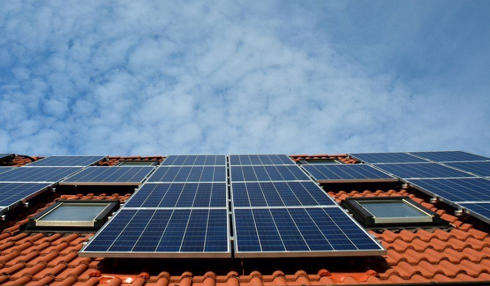 Paneles solares gratuitos para hogares de bajos ingresos