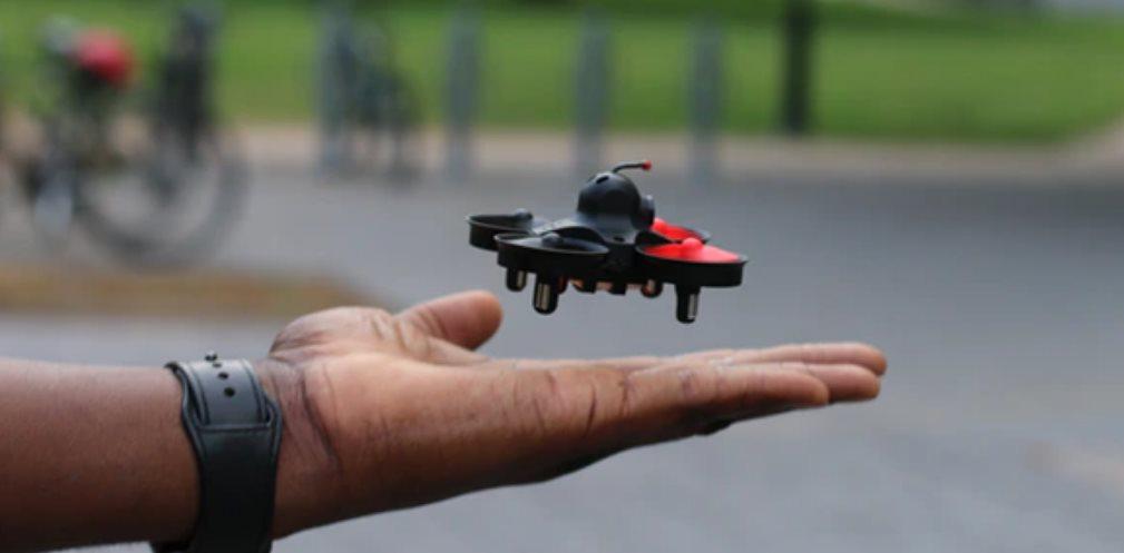 Beagle Neo 2, un minidrone que transmite lo que ve a las gafas del usuario