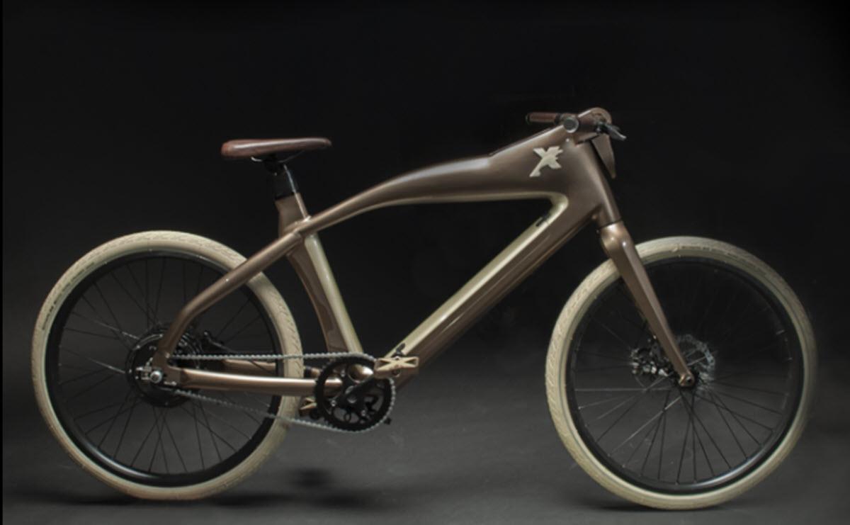 Una bicicleta eléctrica con reconocimiento facial y funciones inteligentes