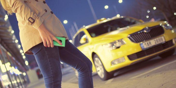4 aplicaciones para mantener localizado tu coche por si no recuerdas donde lo aparcaste