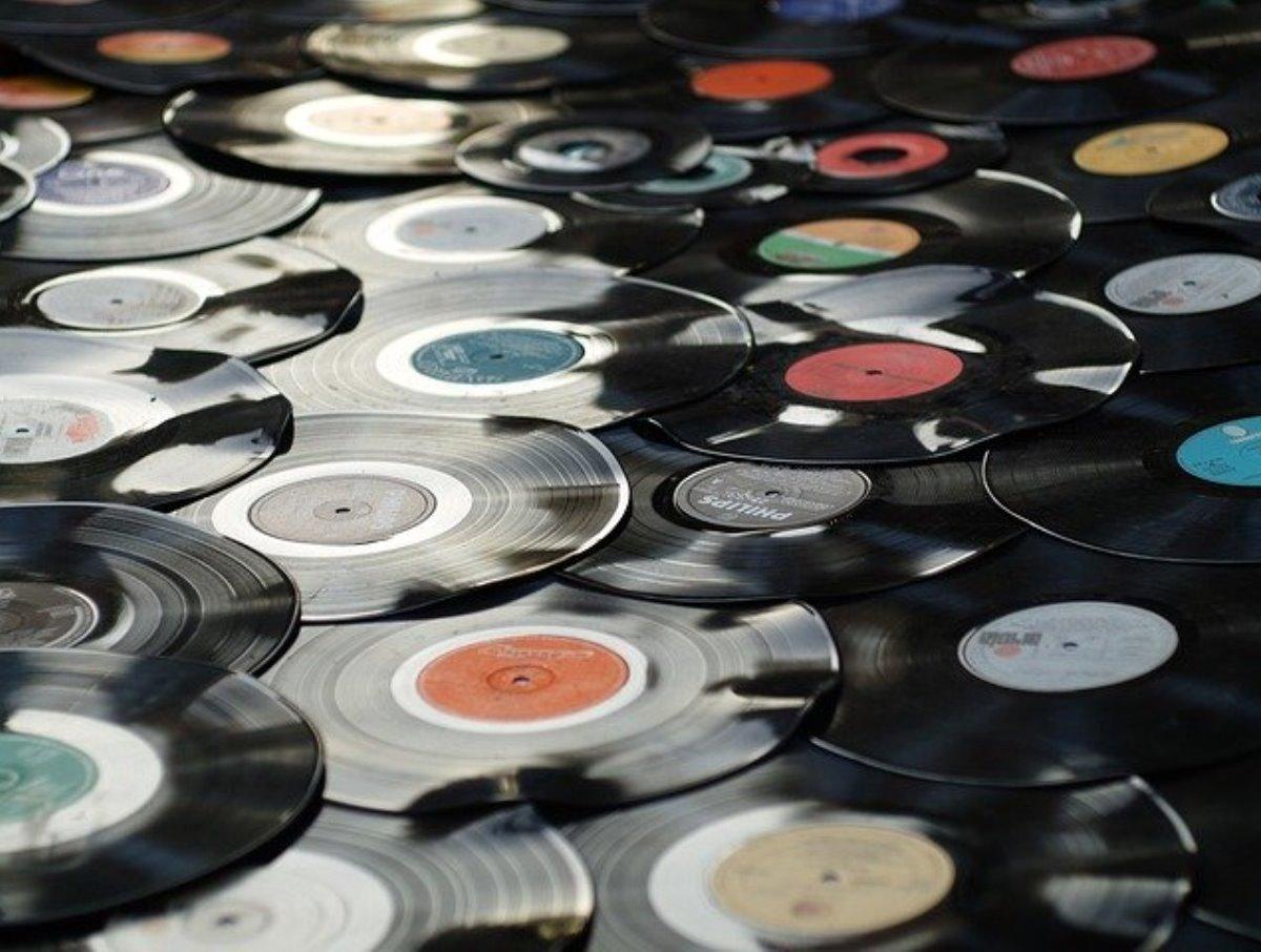Miles de «discos de vinilo» para descargar gratis en The Internet Archive