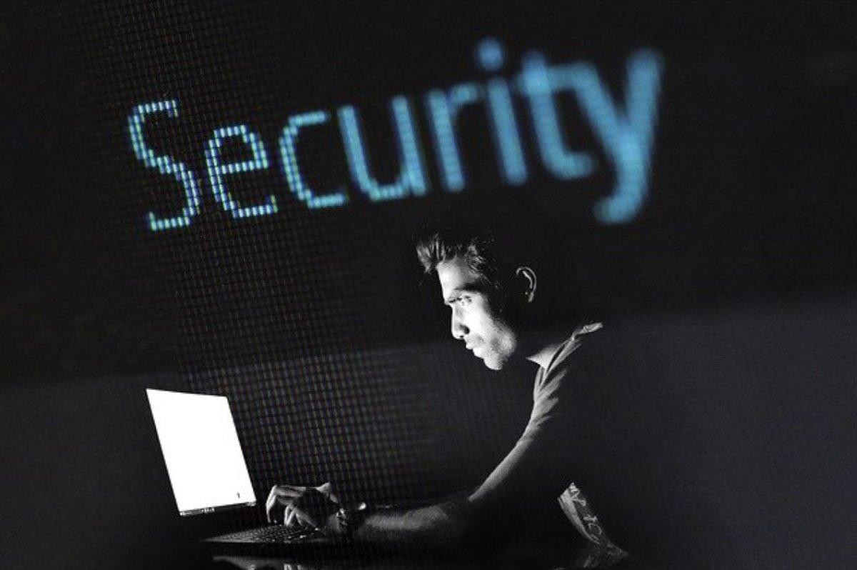 Google envió 12 mil alertas de ataques cibernéticos en 3 meses