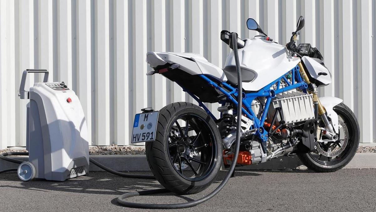 E-Power Roadster Concept, la primera moto eléctrica de BMW