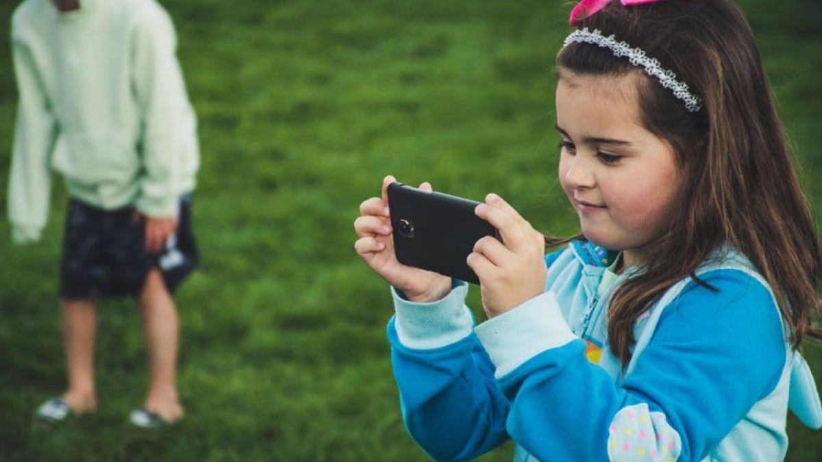 Rival de TikTok en China lanza app infantil para crear videos cortos