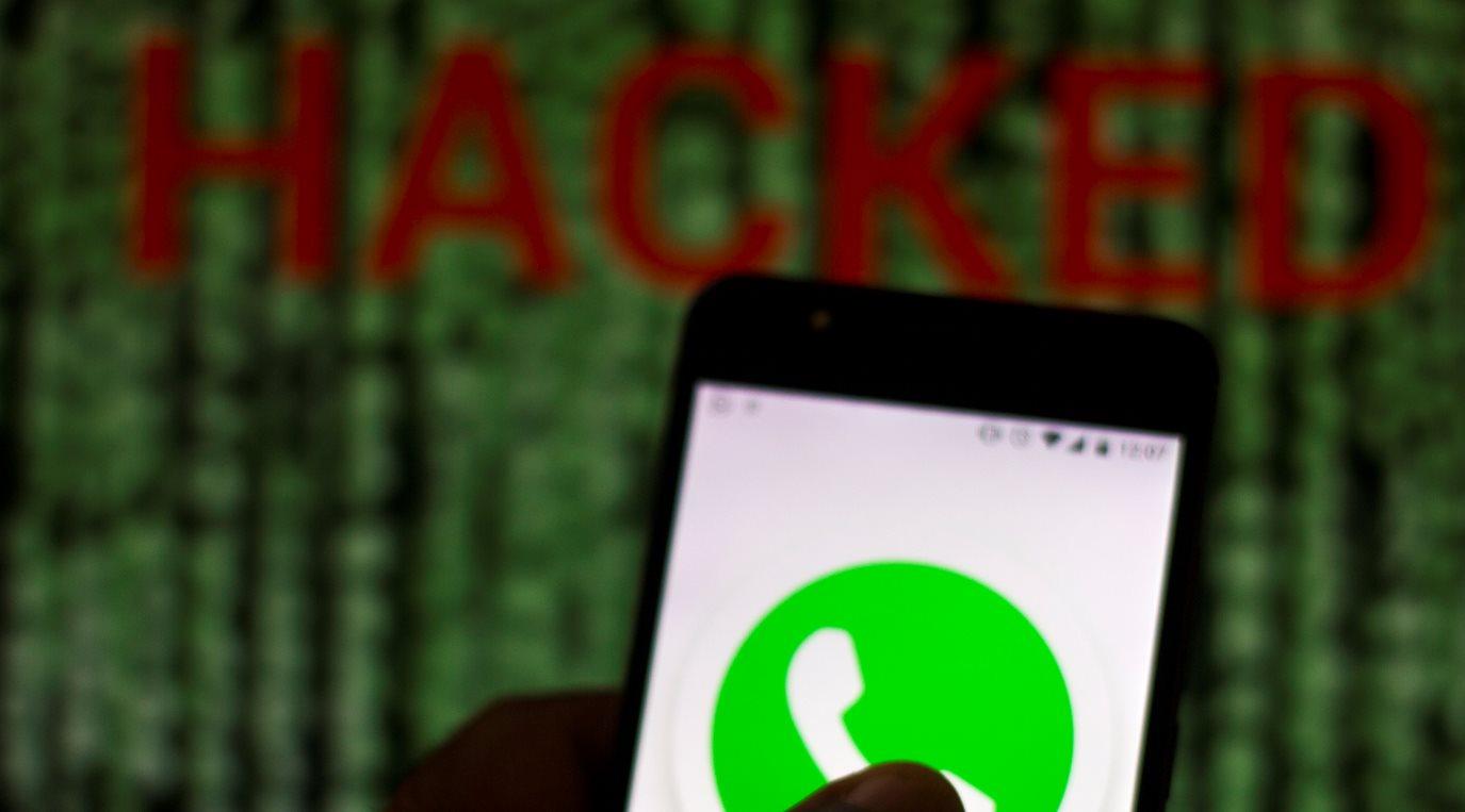 Un error de Whatsapp permite que un hacker borre nuestros grupos