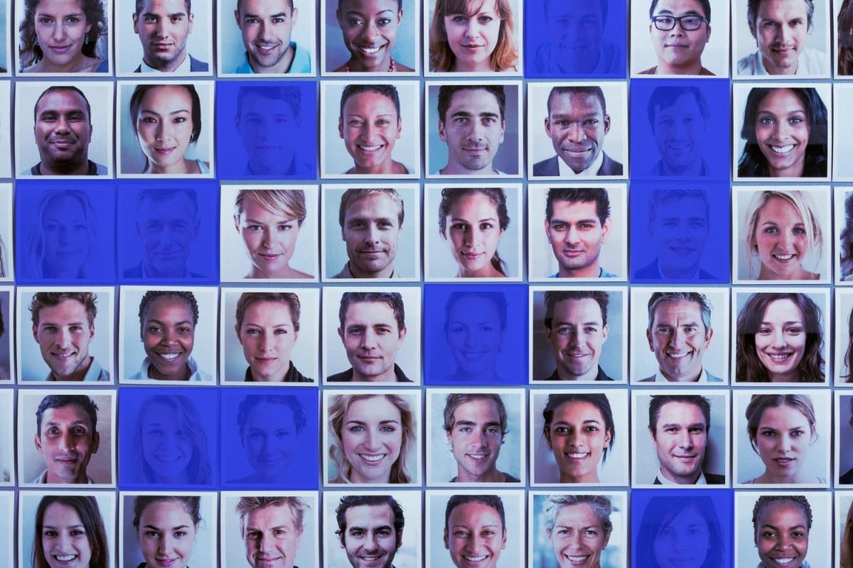 Facebook elimina 900 cuentas con fotos de perfil generadas por inteligencia artificial