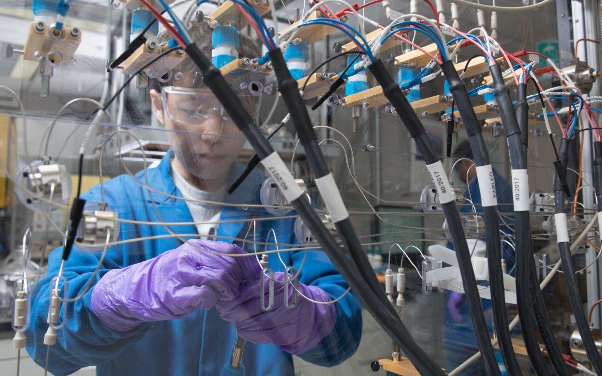 IBM Research crea una batería con rendimiento superior a las de ion-litio