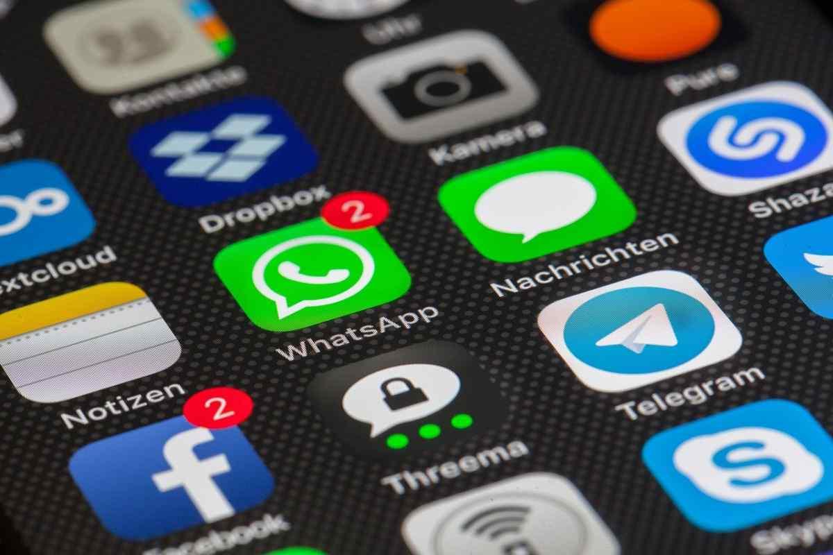 Los mensajes que se autodestruyen de WhatsApp llegarán únicamente a los grupos