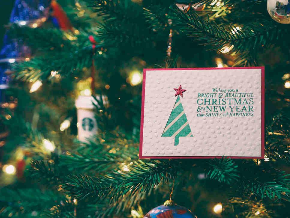 Los mejores sitios y apps para crear postales navideñas