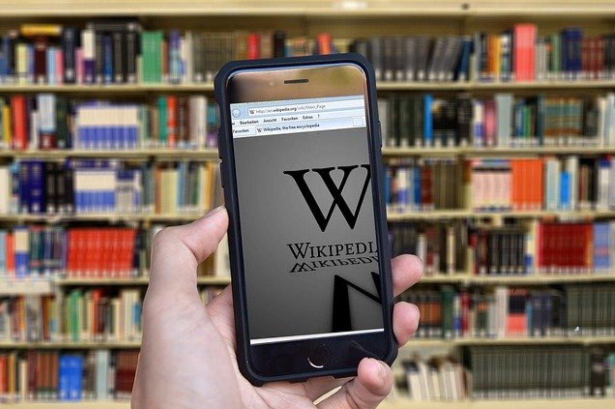 Rusia pone en marcha su plan para competir con Wikipedia