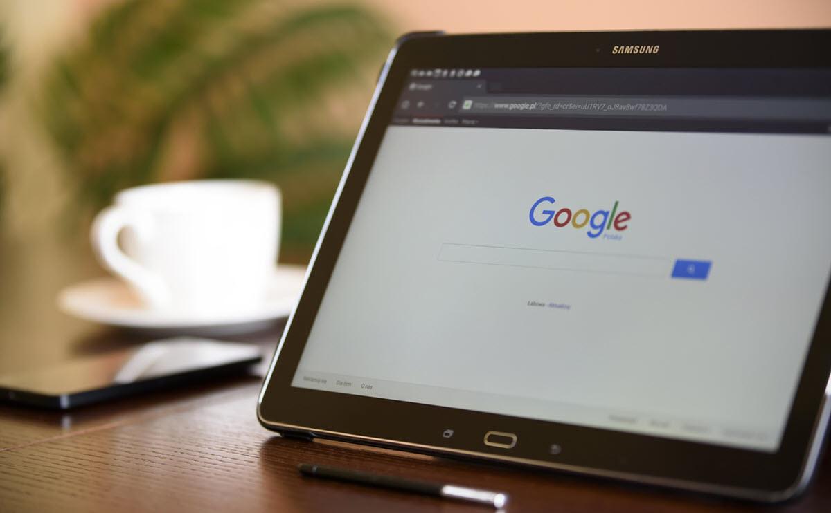 Google da marcha atrás en el diseño de los resultados de búsqueda