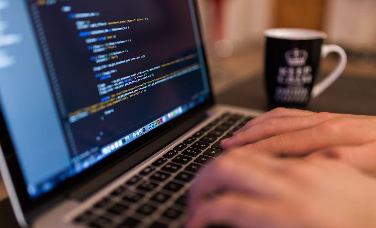 Google lanza un nuevo programa de cursos para aprender Python