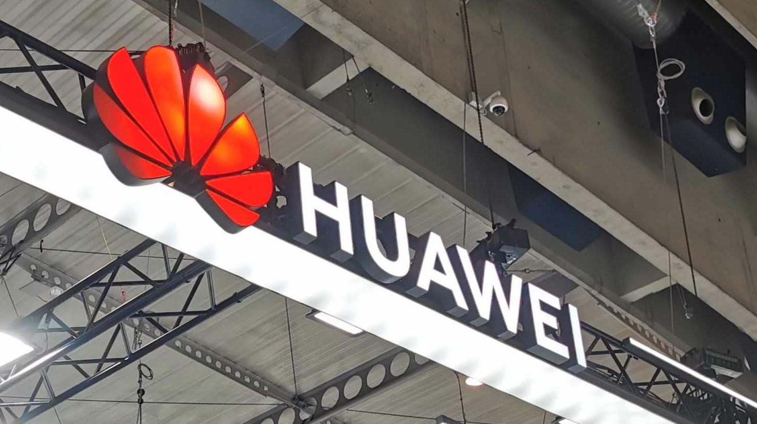 Huawei usará mapas de Tomtom en sus móviles